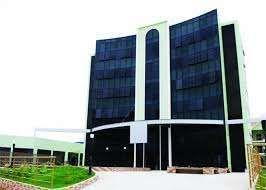 Apartamento T2 Com Quartos Mobilados Condomínio América Plaza