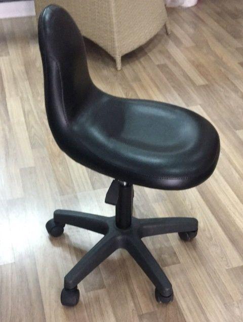 работен стол за козметик - 130лв.