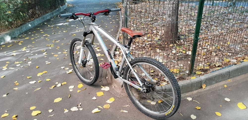 Bicicleta Mountain Bike GT