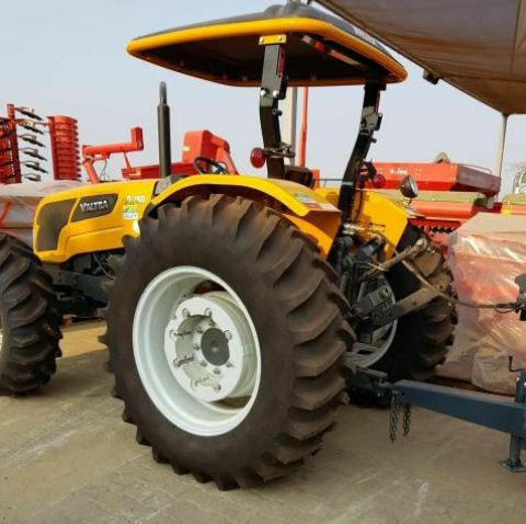 Trator valtra ford