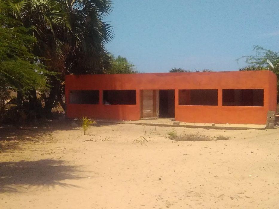 ARRENDA residencia no mussulo 100.000kz por mes junto a sonangol
