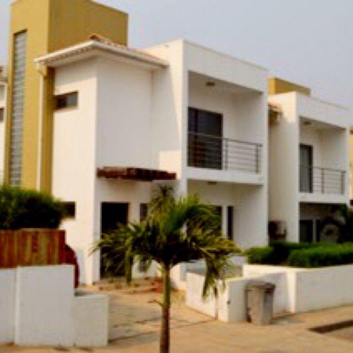 Arrendamos Vivenda T3 Condomínio Vilas do Atlântico de Talatona