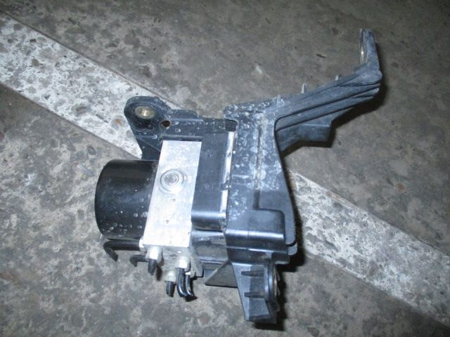 Centrala pompa modul ABS ESP Opel Astra H Zafira B Astra J 1,7 CDTI