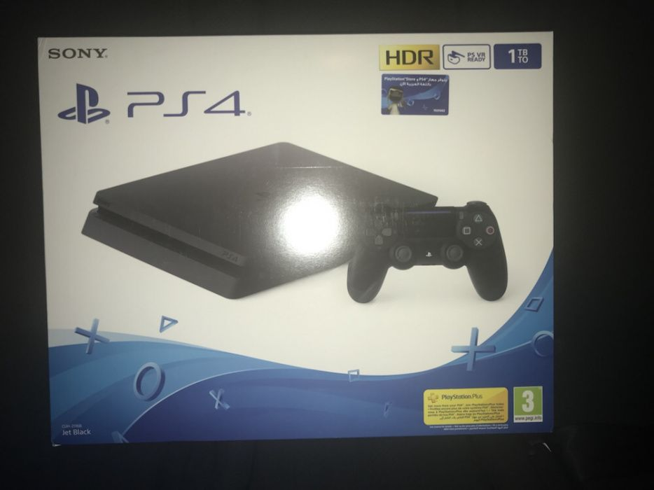 PlayStation 4 Slim 1T