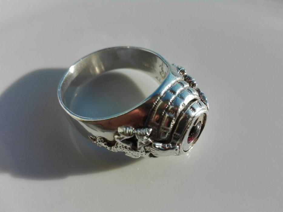 Vand sau schimb Ghiul inel barbatesc vechi unicat argint 925