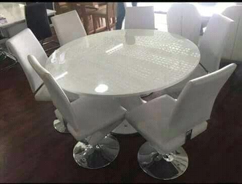 Mesa de 6 Cadeira Avenda
