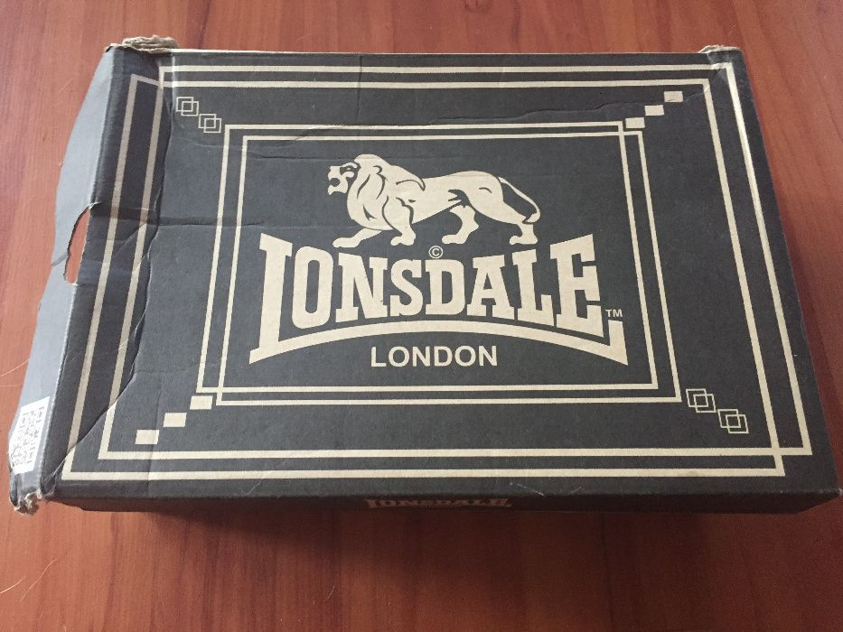 Pantofi sport LONSDALE barbatesti originali, nepurtati, marime 41