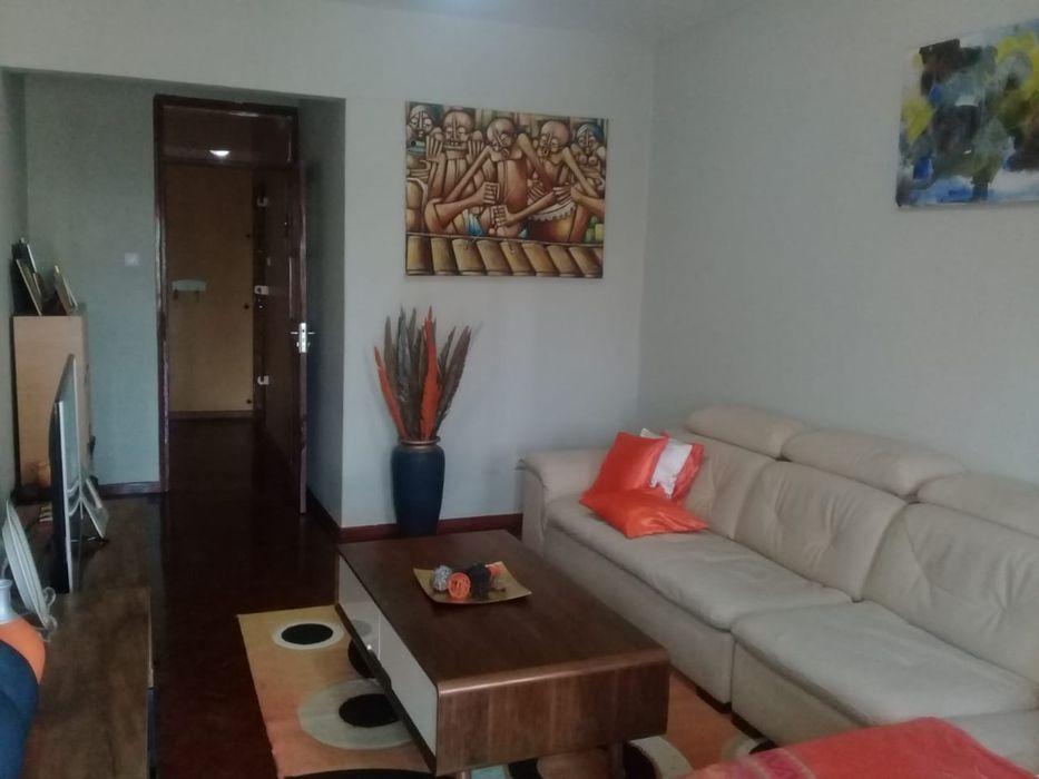 Vende-se apartamento T3 no bairro Central