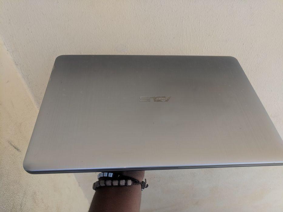 Asus x540l core i3 500hd 2ram 4geracao 1.7ghz grafica nvidia 2gb dedic