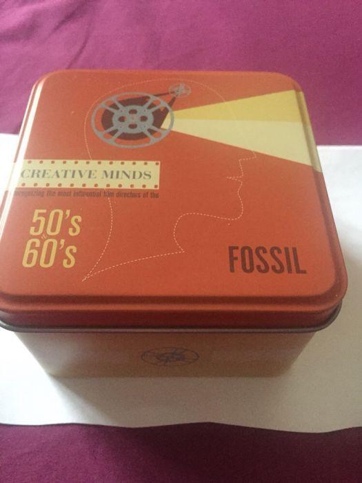 Дамски часовник (тип гривна) Fossil
