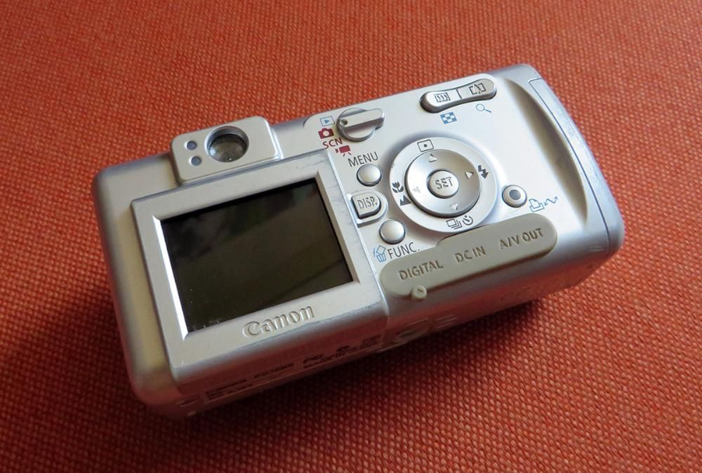 camera foto digitala canon powershot A400