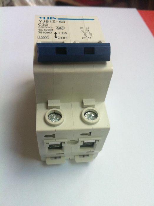 Siguranta automata curent continuu 2P 32A, pentru sisteme fotovoltaice