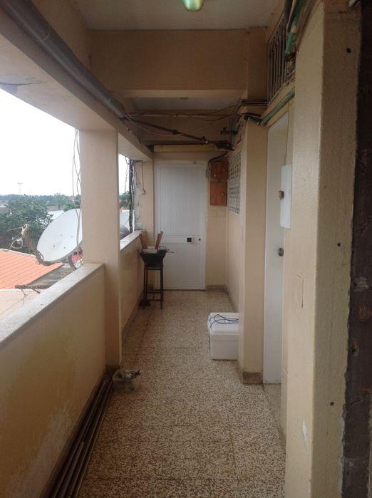 Arrenda-se apartamento t2 pronto a entrar e mto bem localizado!
