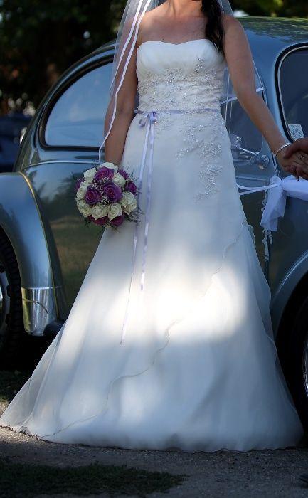 Булчинска рокля / сватбена рокля в чудесно състояние
