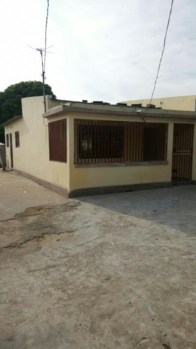 Casa avenda em Magoanine t3 proximo hospital e escola