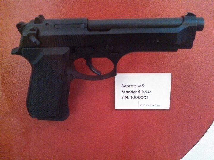 OM SERIOS! Pistol Puternic (18 bbs) + INCARCATOR + MUNITIE Airsoft Co2