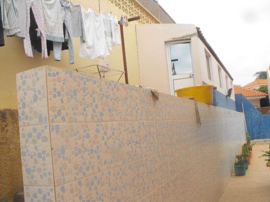 Moradia Mobilada e Com Piscina,T3+Anexo Condomínio Cajú