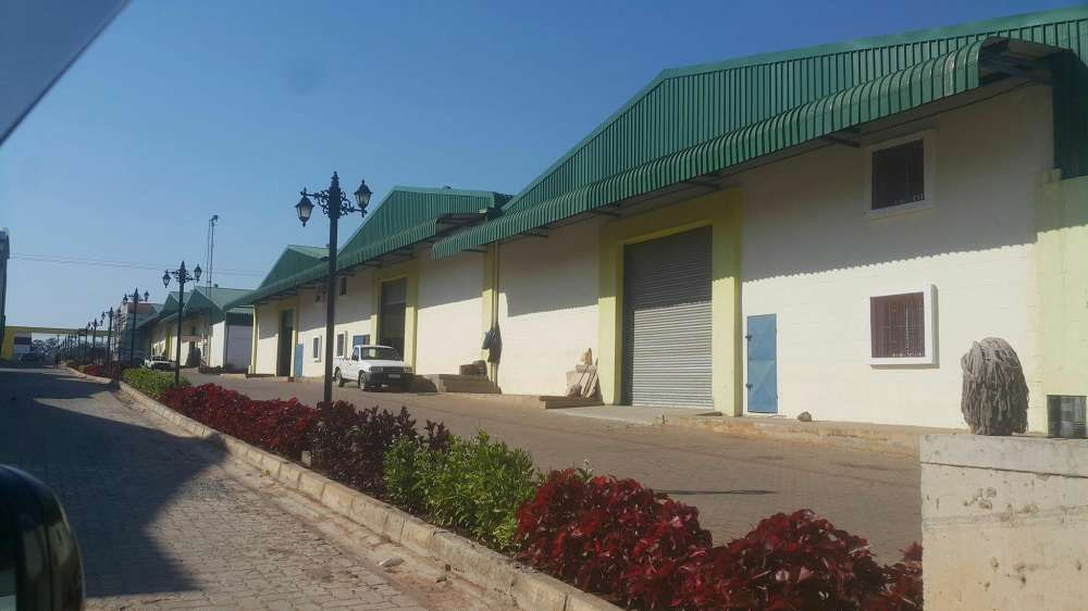 Stock House in Zimpeto 650m2
