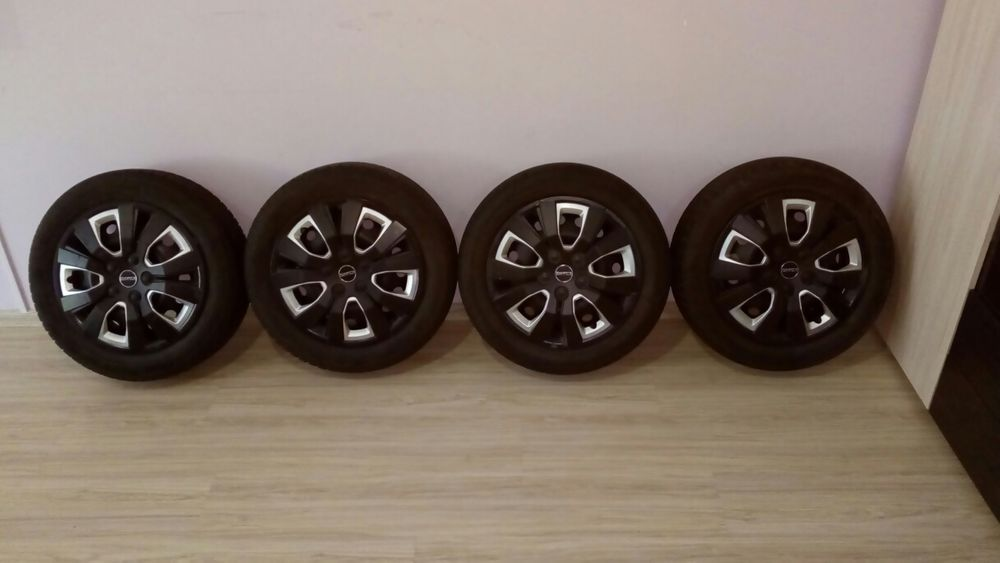 Летни гуми с джанти + тасове