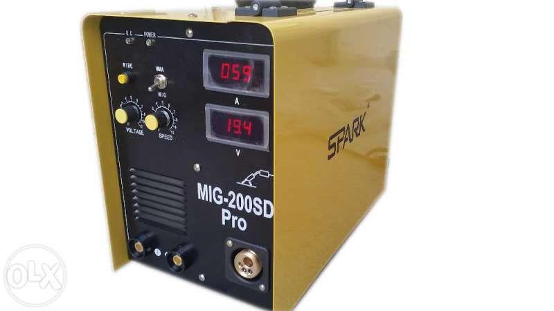 Mig 200 SD PRO 2в1 с Евроконектор Реални 200 Ампера