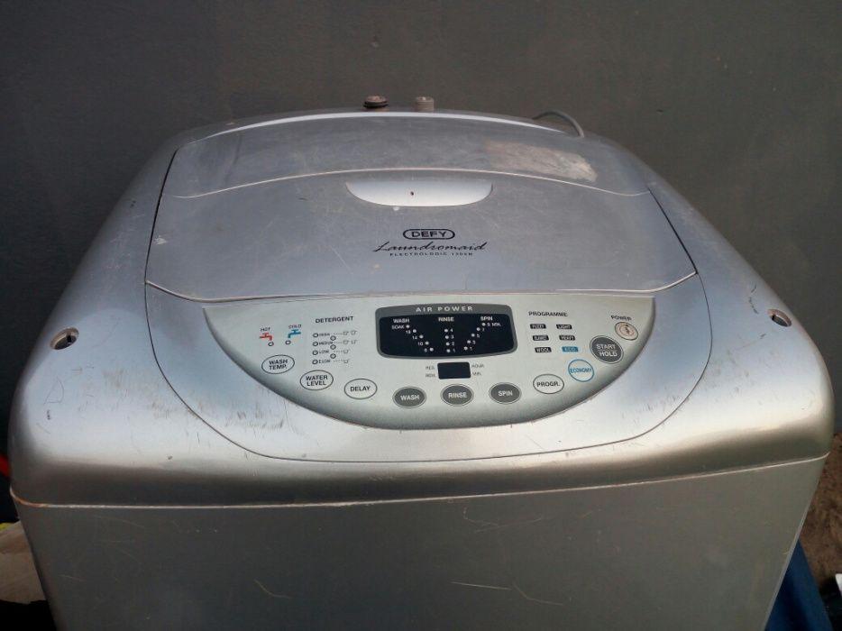 Maquina de lavar DEFY