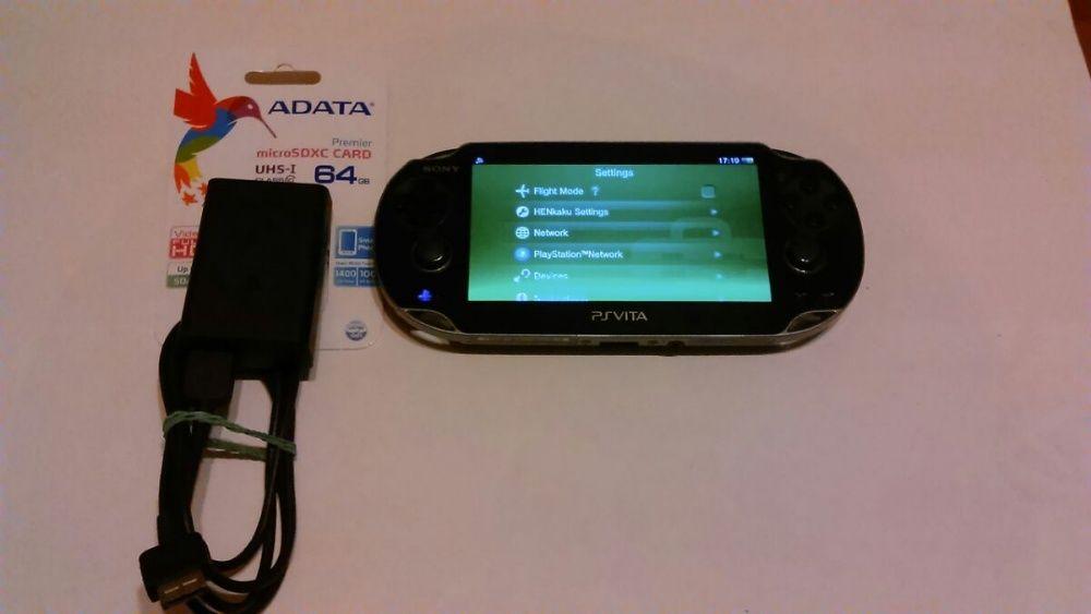 PS Vita хакната 1004 OLED със 64 GB карта с качени 1823 игри