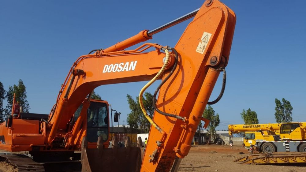 Giratória da marca: Doosan | 50 toneladas | Super operacional