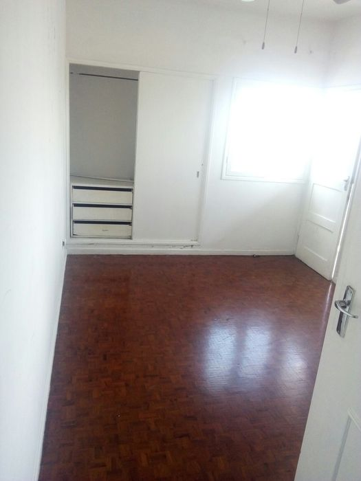 Vende se apartamento t3 na polana proximo ao Standard bank no 7andar