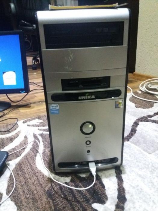 Unitate calculator Pentium Dual Core 2x 3 Ghz.
