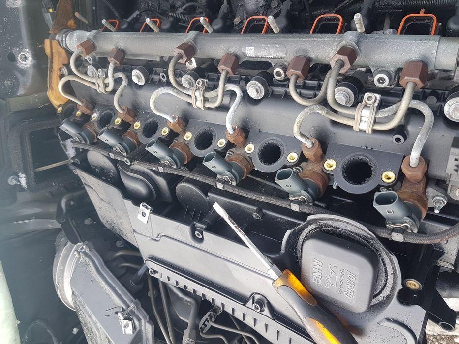 Injectoare BMW seria 5 E60 525 rampa galerie admisie pompa turbina
