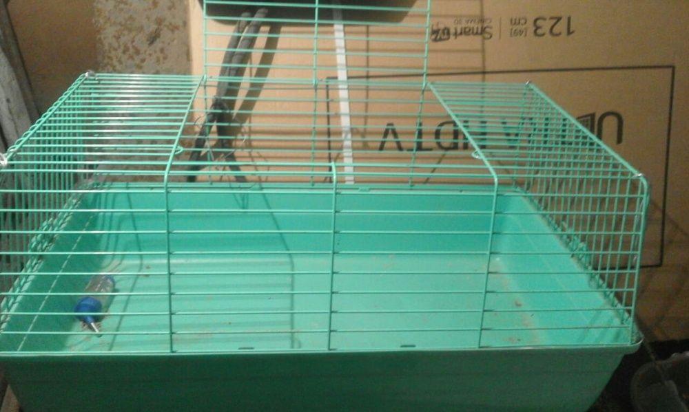 Клетка большая для кролика или морских свинок
