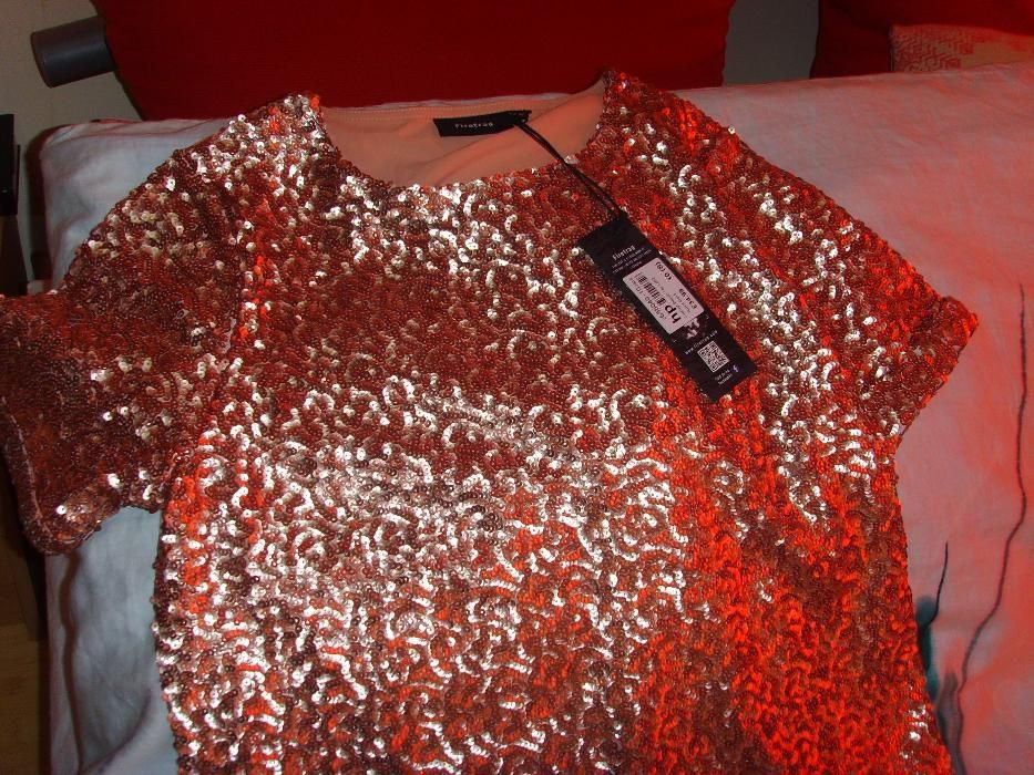 bluza eleganta de parti cu paiete sclipitoare.marca FIRETRAP.