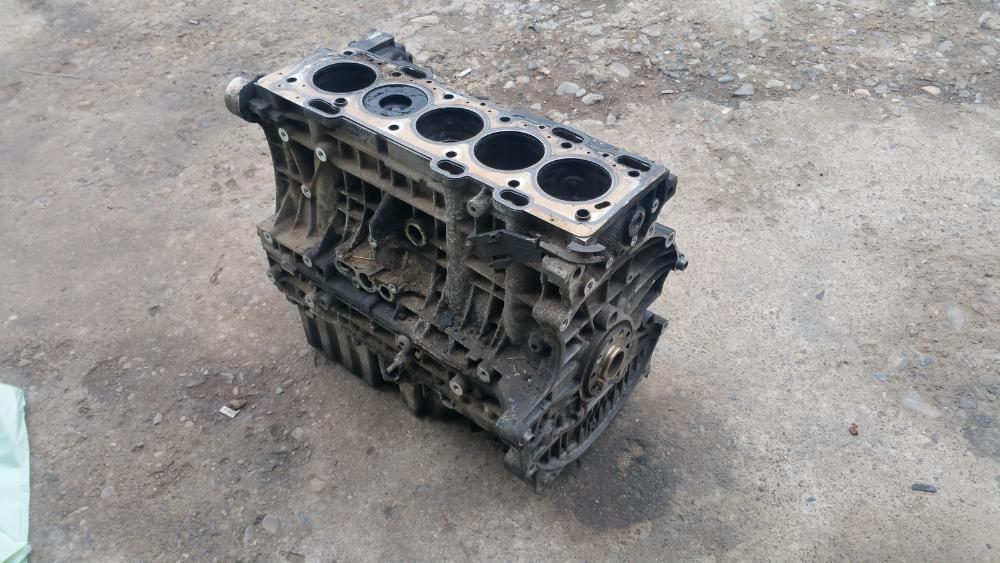 Bloc Motor Ambielat VOLVO S60 V70II Xc70II Xc90 2.4d 185 cai 2005-2009