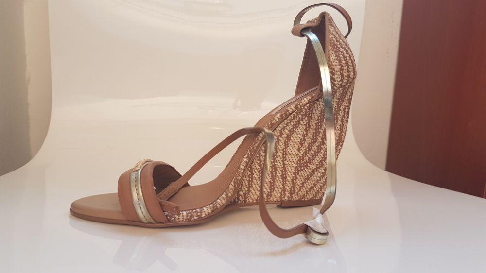 Sapato da marca Morena Rosa (PROMOÇÃO)