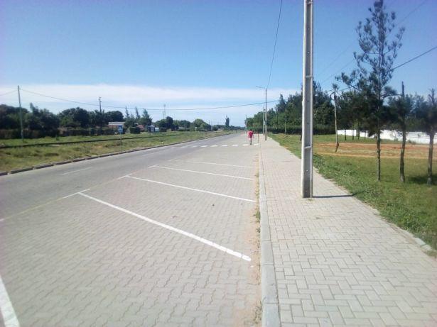 Romao 50\150 Ideal para BOMBAS DE GASOLINA A berma da estrada. Maputo - imagem 6