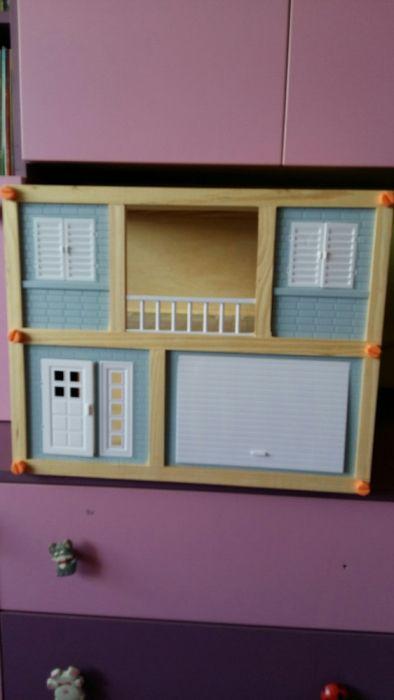 Casa moderna de papusi
