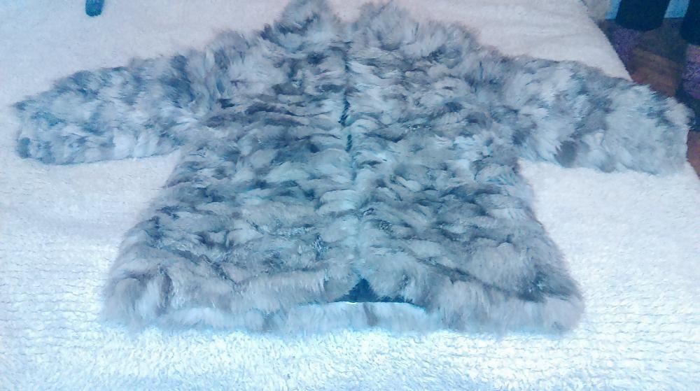 палто от сребърна лисица