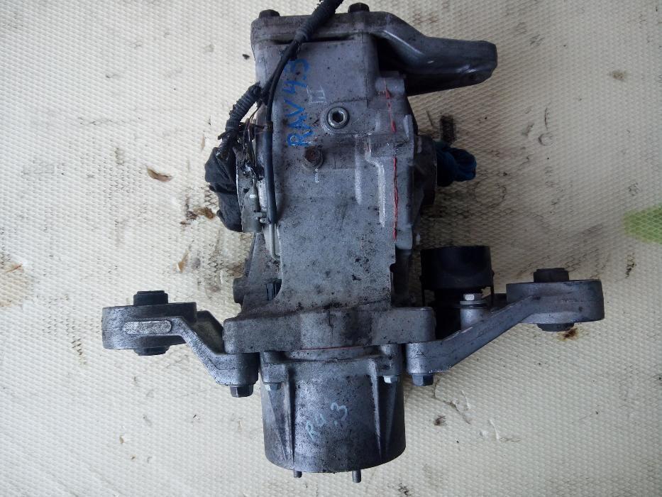 Diferential spate TOYOTA Rav 4 model dupa 2005