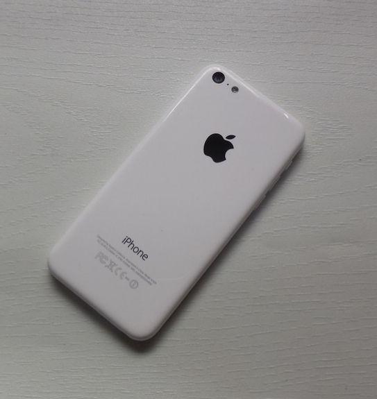 Apple iPhone 5c novo/16GB !