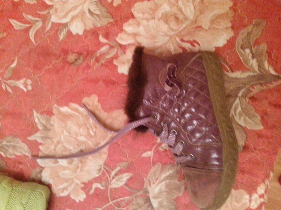 Осенние ботинки для девочки. Кожа, с добавлением замши и норки.