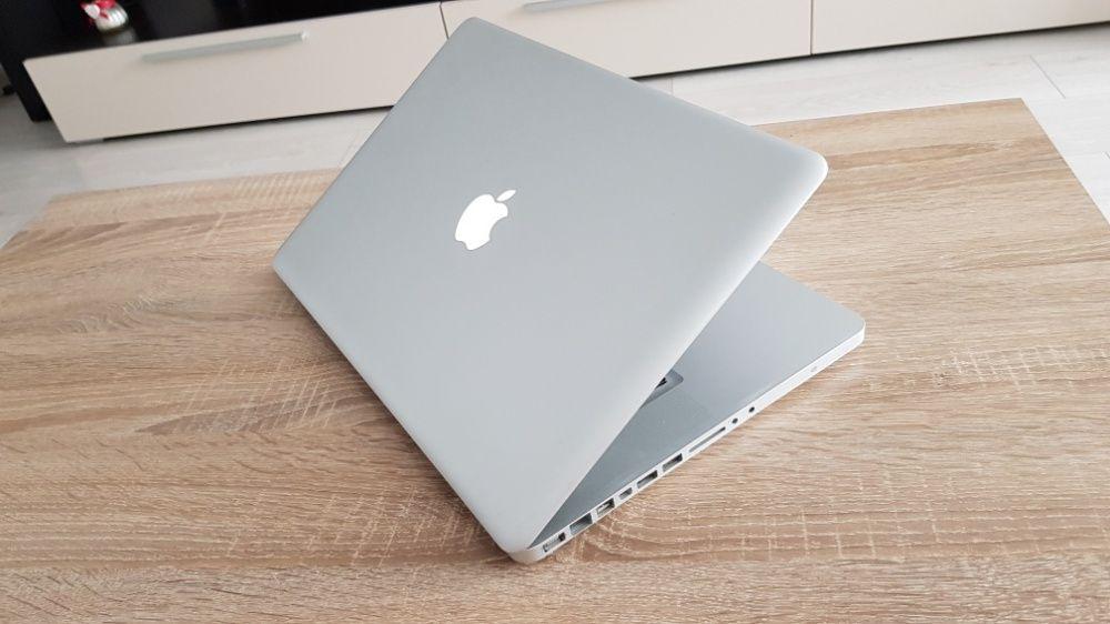 Macbook Pro i5 - 15 inch