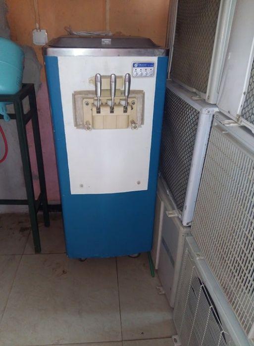 estou a vender a mia maquina de gelado a bom preço