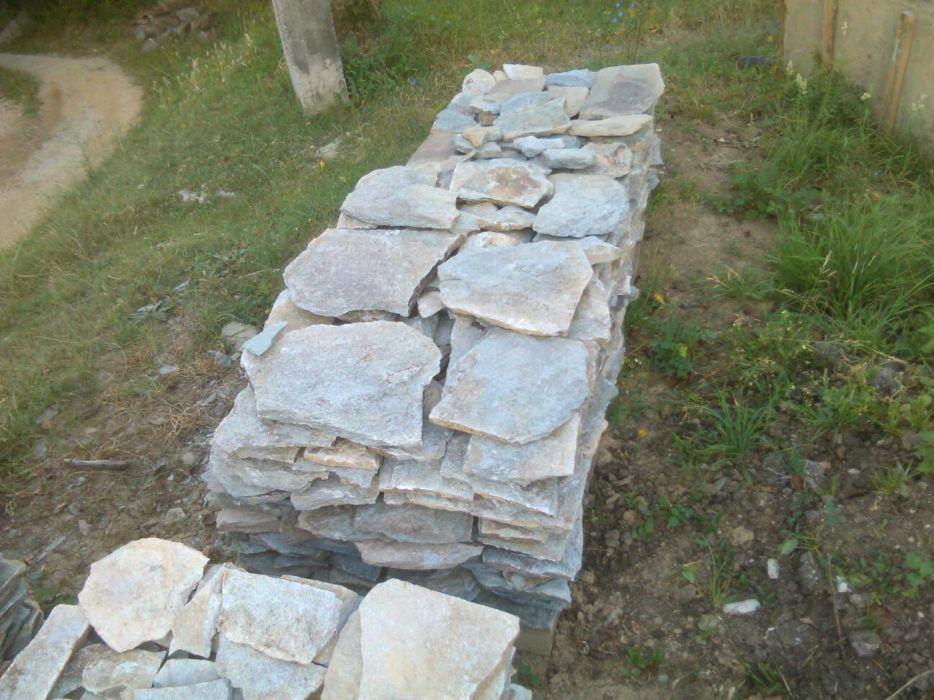 Piatra de placat si pavat de munte