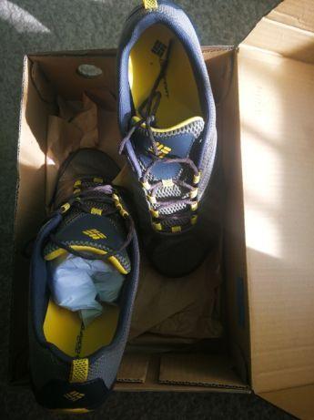 Pantofi alergare COLUMBIA zapada & noroi/NOI, nepurtati , marime 46