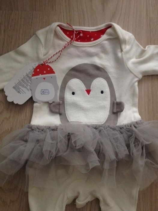 Salopeta pinguin cu tul Mothercare 1 luna/ costum Craciun/ body