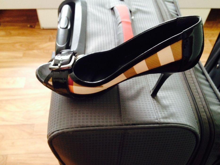 продам туфли Burberry genuine