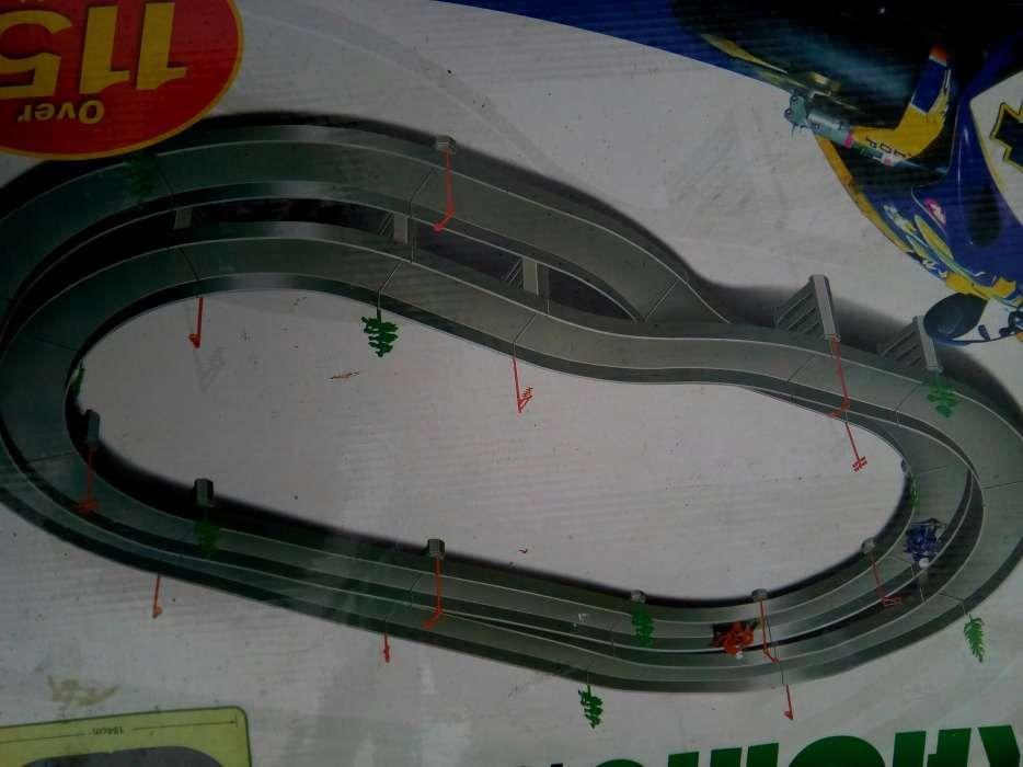 Circuit masinute si motociclete 2 m
