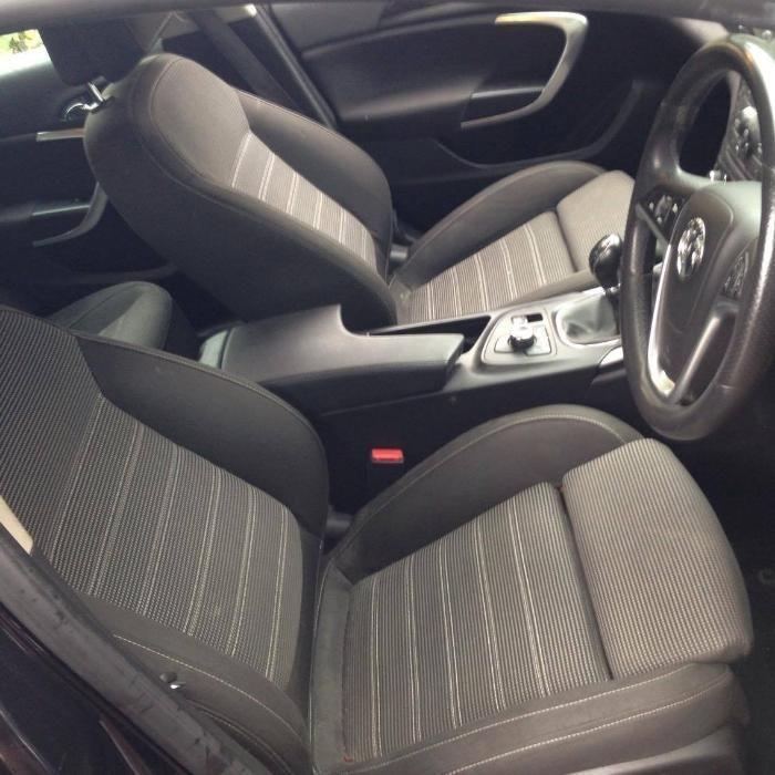Dezmembrez Opel Insignia 2.0 CDTI 2011