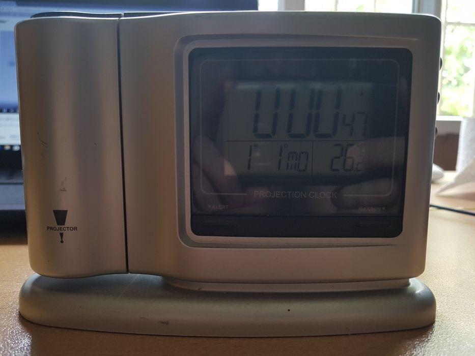 Цифров часовник