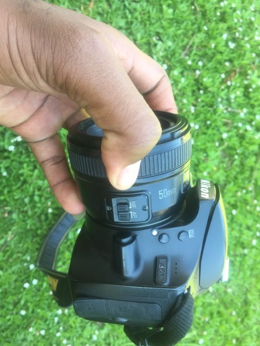 Vendo Nikon D3200